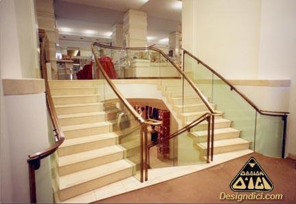 escalier Holt Renfrew